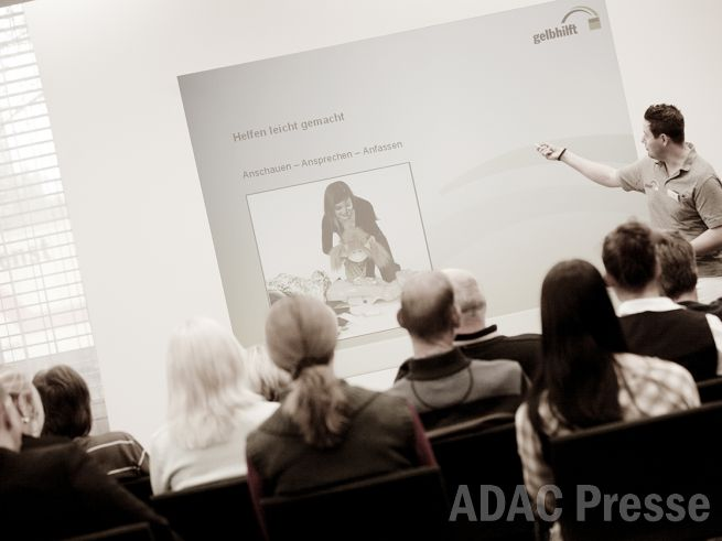 Garantiert beste Erste-Hilfe von ADAC gelbhilft